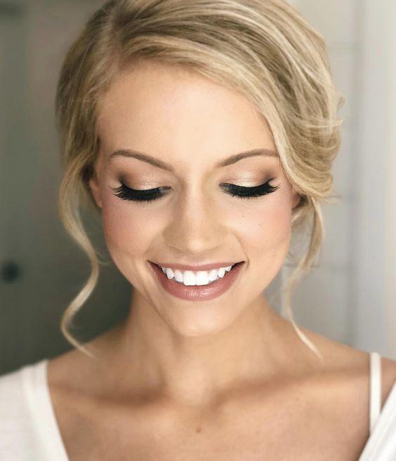 Makijaż ślubny 24 Modne Inspiracje Na Make Up Dla Panny Młodej