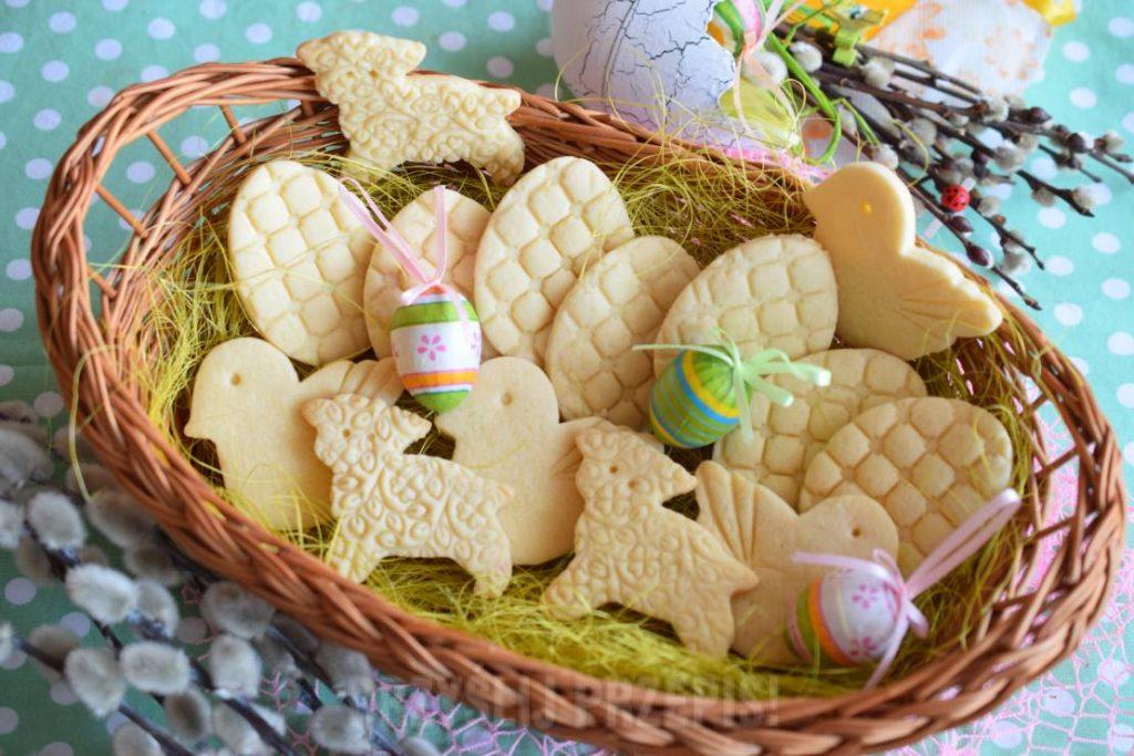 Ciastka na Wielkanoc – TOP 10 Pysznych Przepisów na Wielkanocne Ciasteczka