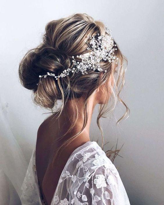 Romantyczne Fryzury Ślubne – TOP 28 Modnych Inspiracji dla Panny Młodej