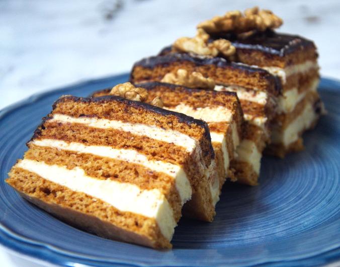Tradycyjne Wypieki na Święta – TOP 12 Propozycji na Świąteczne Ciasta